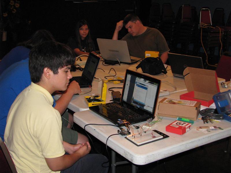http://www.fincher.org/images/2011-08-22-2130-Arduino1__5_.jpg